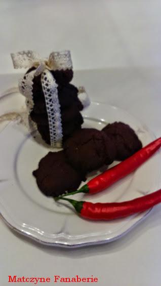 ciastka czekoladowe z chilli